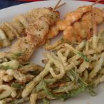 Speisen: Frittierte Fischspieße