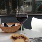 Buenas tapas y buen vino