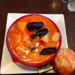 Manhattan seafood chowder
