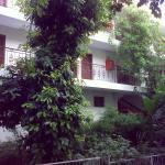 Вид на корпус С с территории отеля