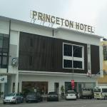 Front Entrance of Princeton Hotel