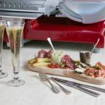 the perfect duo: champagne & charcuterie