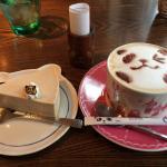パンダ珈琲のパンダオレとチーズケーキ バナナチーズケーキとっても美味です(o^^o)
