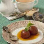 Gulab Jamun i Masala Tea