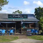Curly's Cafe