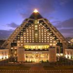 迪拜莱佛士酒店