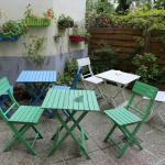 Cute patio & garden