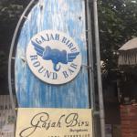 ภาพถ่ายของ Gajah Biru Round Bar and Cafe