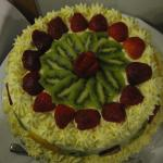 Beautifully decorated pavlova