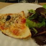Pizzeta at La Mamma