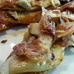 Boletus con jamón de Teruel.