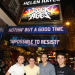 Na frente do teatro quando Rock of Ages estava em Cartaz. Com a baqueta que ganhei no show.