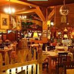 Wnętrze restauracji Stajnia