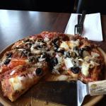 Pizza, crispy crust