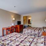 Guestroom- Two Queen beds