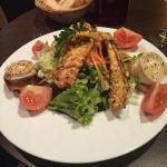 Salade au poulet et chèvre