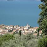 Blick von Trattoria Italy auf Torri del Benaco