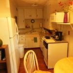 A Downtown Hideaway B 7 B, Fairbanks - cozinha e mesa