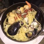 seafood Linguini! WOW!!