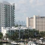 Eloquence by the Bay Residences Foto