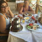 Clıents at breakfast