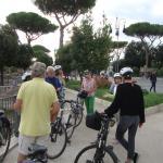 Begin van de fietstocht in de buurt van het Colosseum