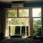 Cosy bedroom, comfortable queen bed