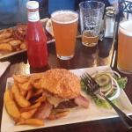 India Pale Ale and Cheese burger