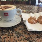 Cappuccino and amaretti