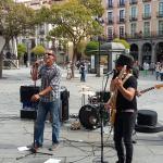 Mùsicos en la plaza
