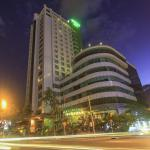Photo of Green Plaza Hotel