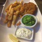 Crispy fish in a delicious batter with homemade chips, mushy peas and tartare sauce