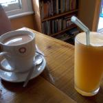 Tea and orange juice (fresh)