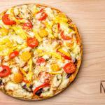 Detalle de la pizza  con pollo