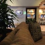 Foto di Garden Court Restaurant at The Scottsdale Plaza Resort