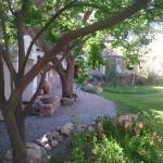 El jardín con lindos rincones
