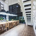 Blu Monkey Hub and Hotel