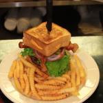 The Wall burger