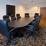 Photo de Holiday Inn Express Hotel & Suites Shelbyville