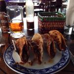 Bar photo, special bear and tacos lá embajada!