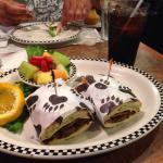 Joe's 'Blazin Bear' Sandwich - Yum Yum Goodie!!