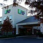 Photo of Holiday Inn Express & Suites Mobile West - I-65