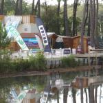 Départ de l'installation de surf sur bassin (wake-board)