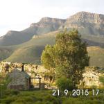 Landschaft bei der Mount Ceder Lodge
