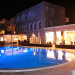 Photo de Hotel Makarios