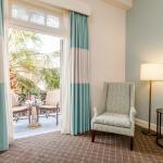 Queen Street Balcony Rooms