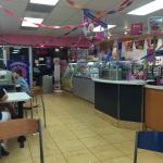 Inside Baskin Robbins on State Street