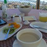 desayuno con linda vista del puerto