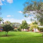 Sandy Bay Holiday Park grounds