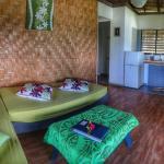 Moana Bungalow - Living Room